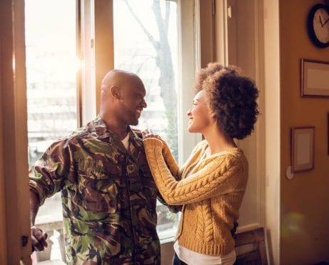 10 Easy Job-Hunting Tips for 'Trailing Spouses'