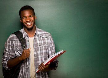 4 Tips to Land Your First Job Right After College