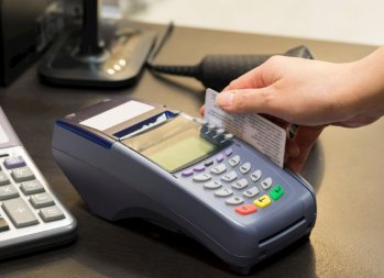 Why I Have a Love-Hate Relationship With Credit Cards