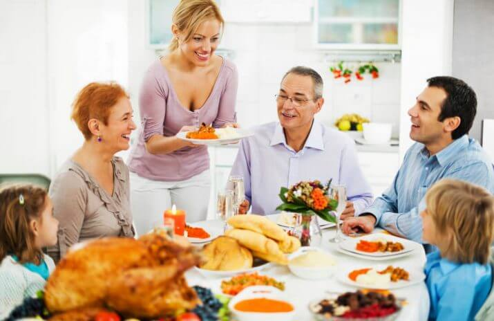 5 Tips for Helping Family Members Who Are Bad With Money