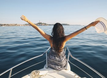 how to save money on a cruise, saving money on a cruise: 6 Easy Tips to Book a Super Cheap Cruise