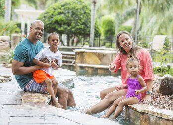 4 Simple Steps to a Budget-Friendly Family Vacation