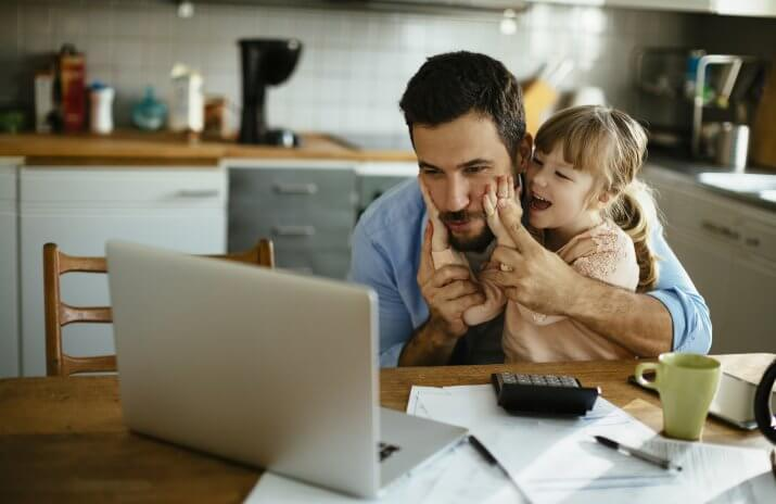 The Work-From-Home Dad: When Bucking Convention Makes Financial Sense (stay-at-home dad, dad stay home)