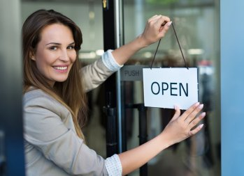 7 Questions to Ask Before Investing in a Franchise - becoming a franchisee, cost of a franchise