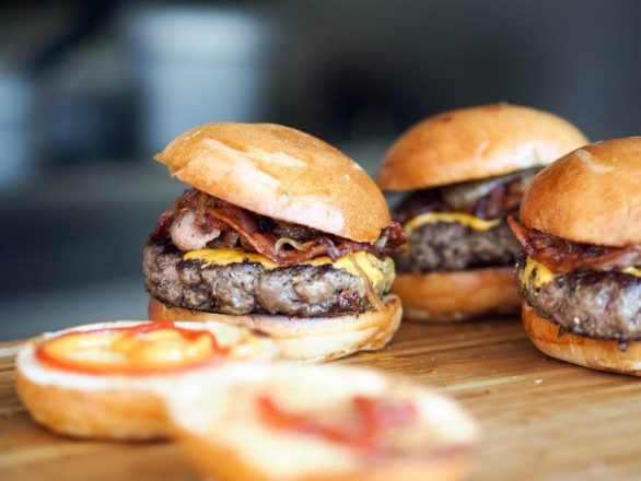 Fast Food vs. Homemade Food: Which Is Better for Your Wallet?