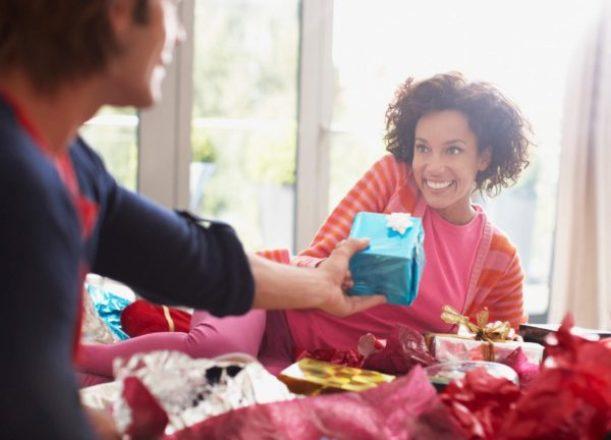 5 Great Ways a Gift Closet Can Save You Big Bucks