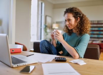 6 Easy Ways To Get Out Of Debt