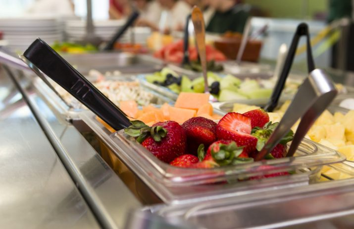 Your College Meal Plan: Make the Most of Campus Dining