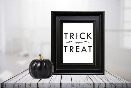 27 Cheap Halloween Party Ideas for Under $27: Halloween signs