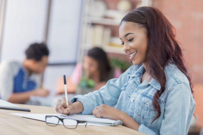 Finanzas personales 101: consejos para la administración del dinero que no aprendiste en la escuela